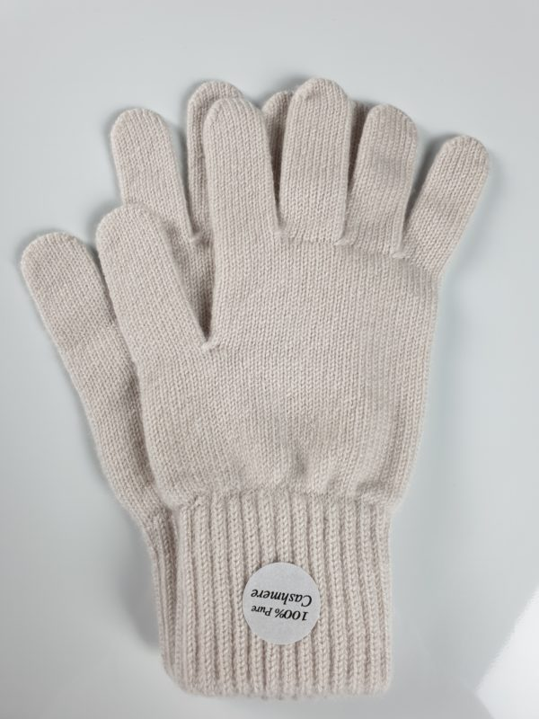 product image for a pair of opal grey cashmere gloves - 800x600 - product id: 851 - cashmereglovesandscarves.co.uk