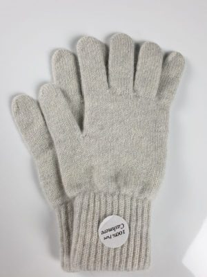 product image for a pair of swan grey cashmere gloves - 800x600 - product id: 849 - cashmereglovesandscarves.co.uk