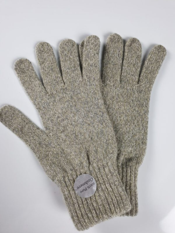 product image for a pair of fawn cashmere gloves made in scotland - 800x600 - product id: 883 - cashmereglovesandscarves.co.uk
