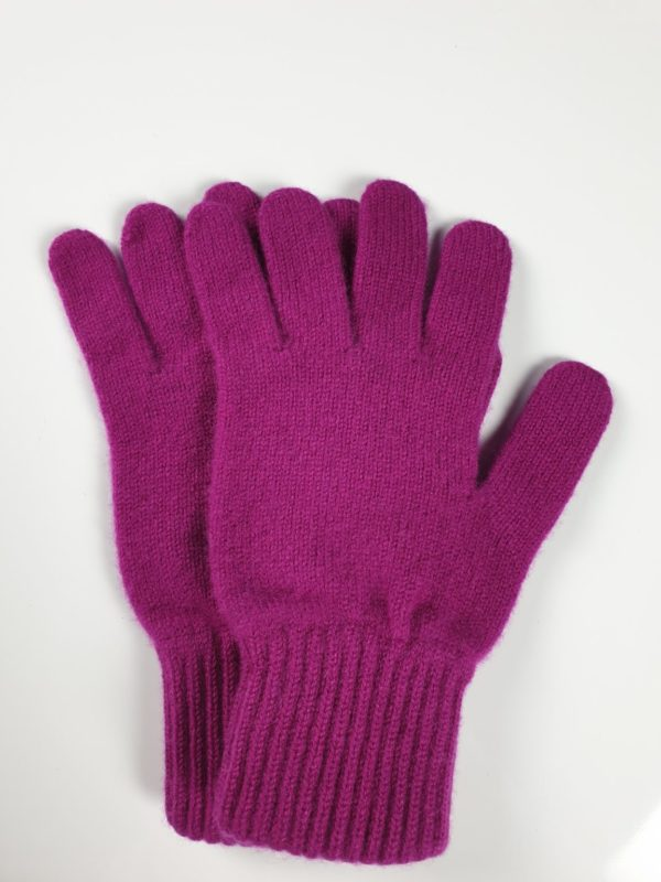 product image for a pair of glamorous purple pure cashmere gloves made in Scotland - 600x800 - product id: 896 - cashmereglovesandscarves.co.uk