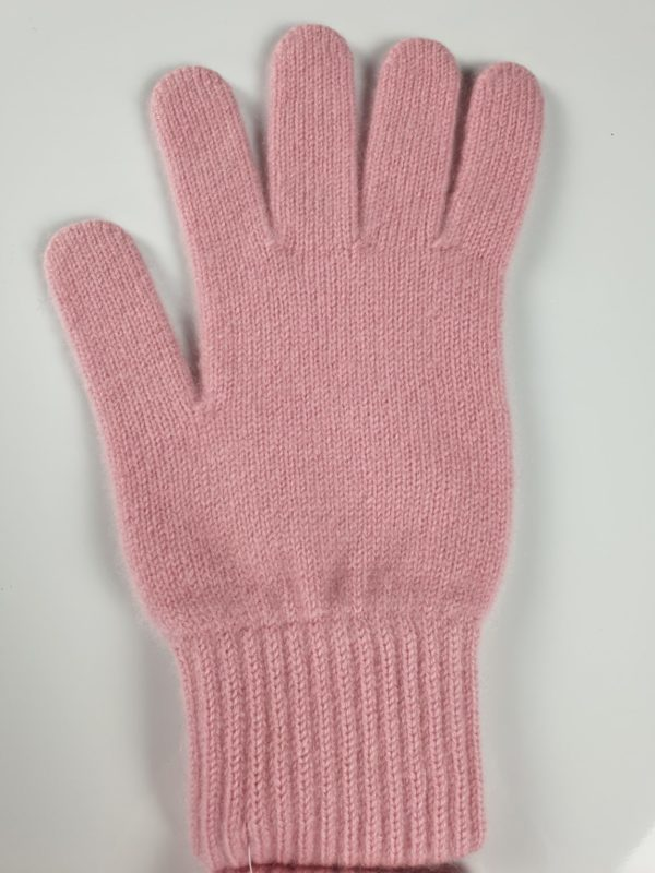 product image for a marshmello pink cashmere glove made in Scotland - 800x600 - product id: 885 - cashmereglovesandscarves.co.uk