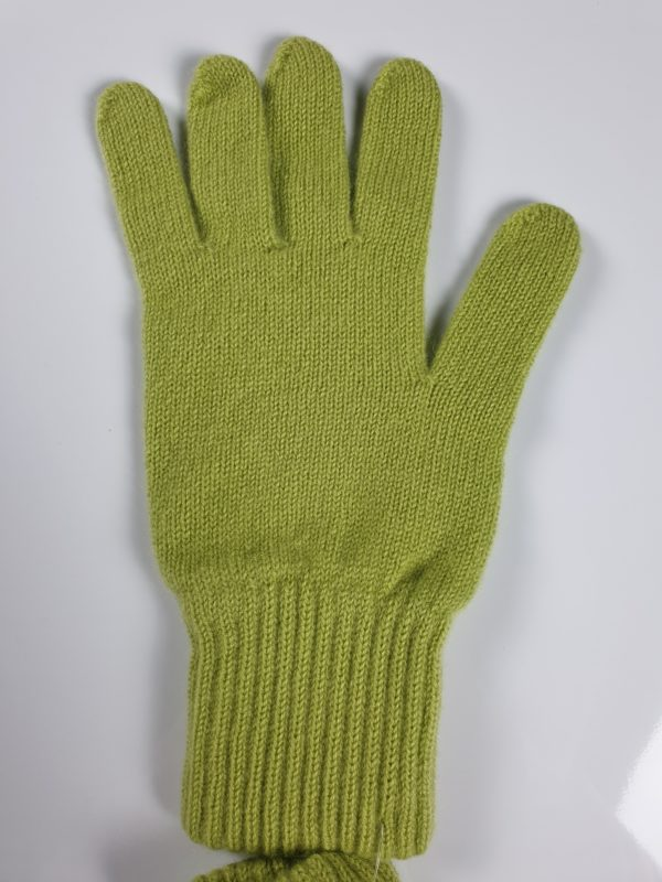 product image for a pair of moss green pure cashmere gloves made in Scotland - 600x800 - product id:950 - cashmereglovesandscarves.co.uk