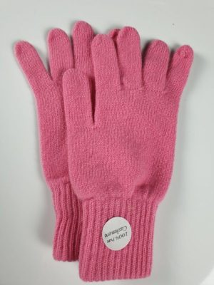 product image for a pair of rouge pink cashmere gloves made in Scotland - 600x800 - product id: 891 - cashmereglovesandscarves.co.uk