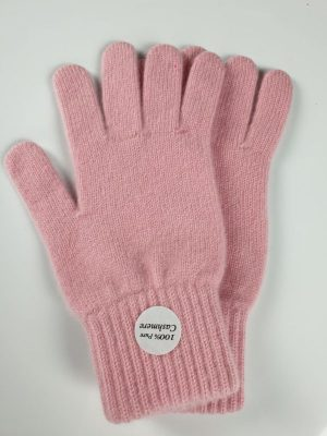 product image for a pair of marshmello pink cashmere gloves made in Scotland - 800x600 - product id: 885 - cashmereglovesandscarves.co.uk