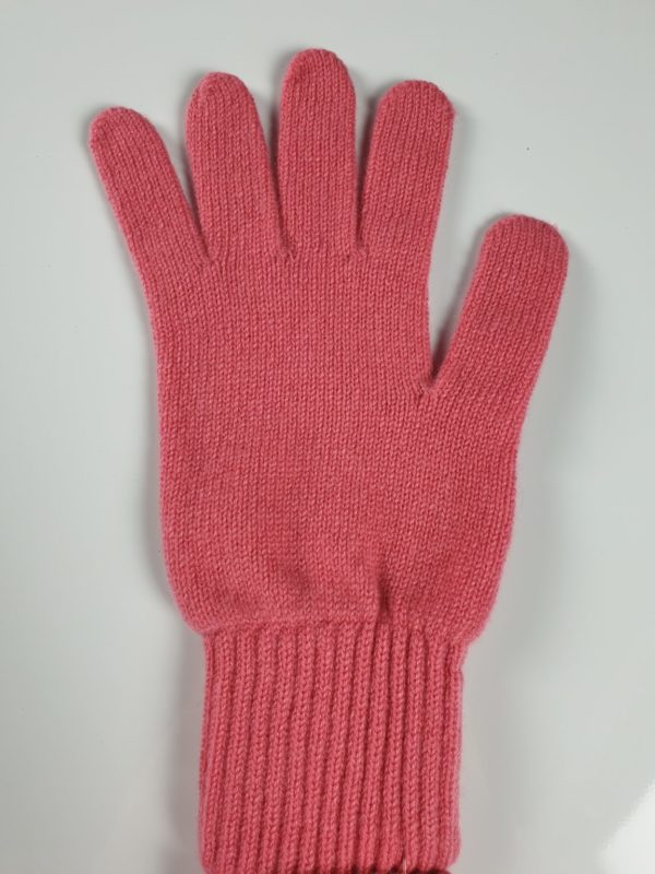 product image for a pair of venetian rose pink cashmere gloves made in Scotland - 600x800 - product id: 889 - cashmereglovesandscarves.co.uk