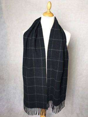 product image of a pure cashmere scarf in black 600x800 - cashmereglovesandscarves.co.uk