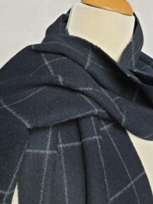 product image of a pure cashmere scarf in black 600x450 - cashmereglovesandscarves.co.uk