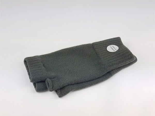 cashmere wrist warmers in dark avocado green product image